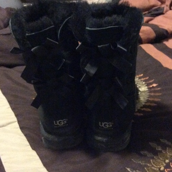 black bailey ugg boots