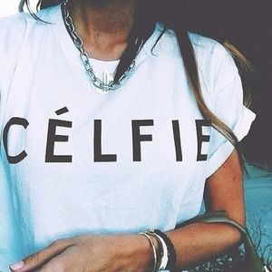 "NEW ""CELFIE"" White T-Shirt🎀"