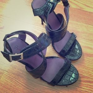promise Shoes - Ankle strap heels