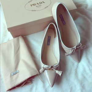 Saffiano Ballet flat with tassels