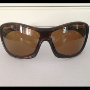 2af87b15a0 Oakley Accessories - Oakley Polarized Speechless Tortoise Sunglasses