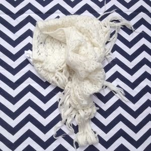 H&M Accessories - H&M Cream Scarf