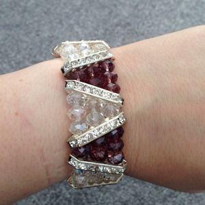 Jewelry - Elastic beaded bracelet