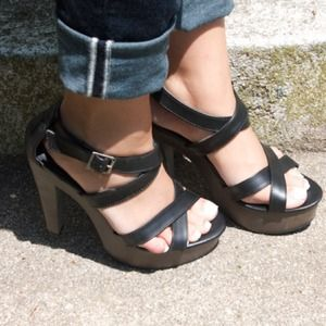Mossimo Black Leather & Wooden Strappy Heels!