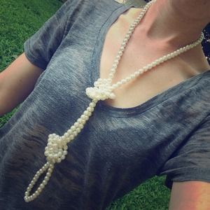 Jewelry - Vintage strand of pearls