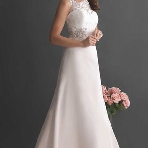 Allure Bridals Dresses & Skirts - AUTHENTIC ALLURE 2655 WEDDING DRESS