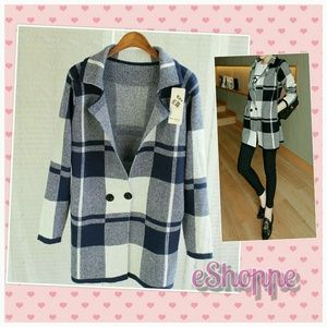 Sweaters - Checkered Knitted Cardigan