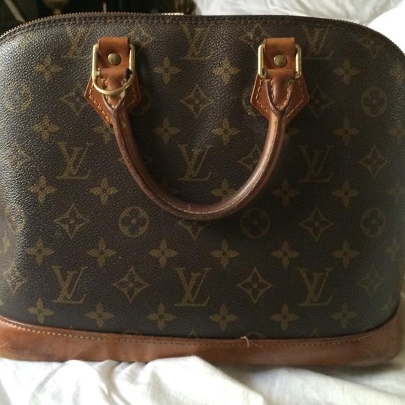 7a0fd9b1a4a Authentic Louis Vuitton doctors bag