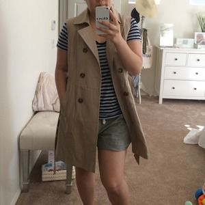 Tommy Hilfiger Jackets & Coats - Tommy Hilfiger sleeveless trench