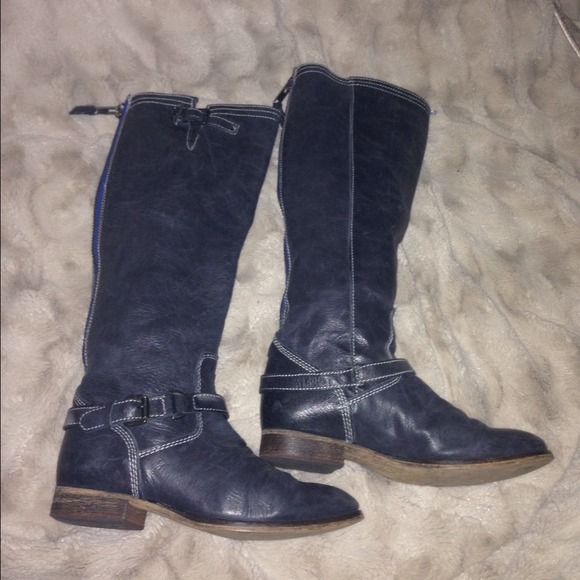 73% off Steve Madden Boots - Steve Madden boots black with blue ...