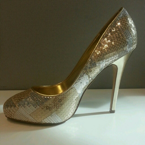 Aldo silver and gold sequin heels size 9!