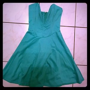 Dresses & Skirts - Mint Sweetheart dress