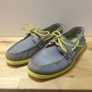 Sperry Top Sider Boat Shoes in grey/lime
