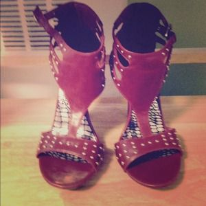 MICHAEL ANTONIO size 7 studded shoe