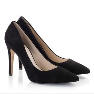 H&M black pointed faux suede pumps