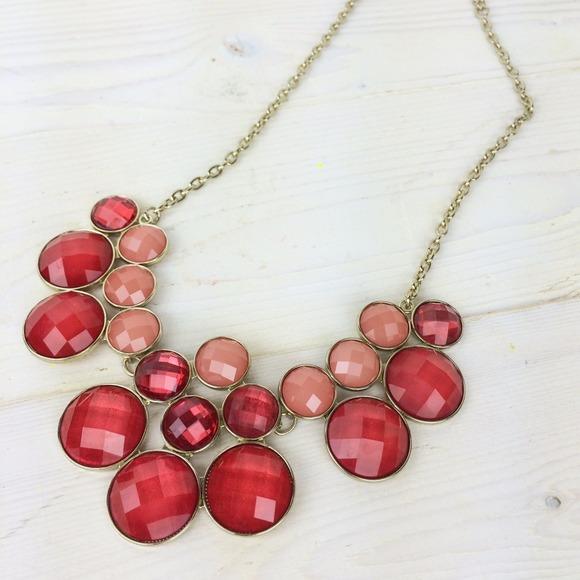 Jewelry - Pink Bib Necklace