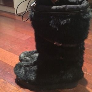 Tory Burch* Fur and Leather Boot