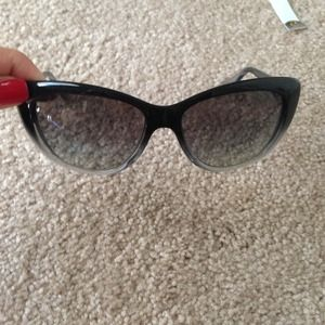 Vogue Sunglasses with case and microfiber cloth