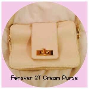 Cream, foe-leather, cross body purse