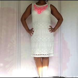 Dresses & Skirts - Off-White Crochet/Lace Dress