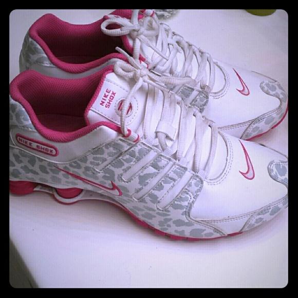 Leopard Print Nike Shox Women  00e593b3d2