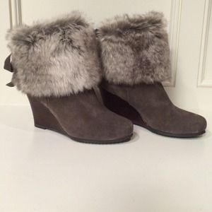 Chinese Laundry grey furry booties
