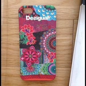 desigual cover iphone 5
