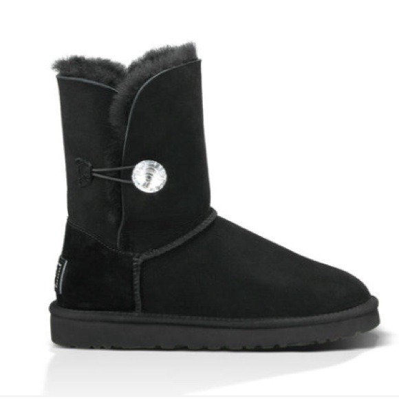 UGG Australia black diamond button short boot sz 7