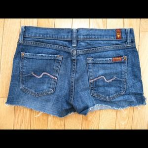 ⚡️SALE⚡️7 for All Mankind Shorts size 27