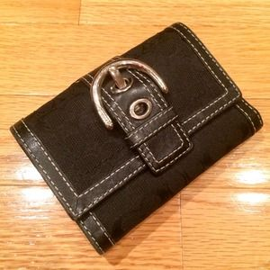  Black Coach Buckle Wallet