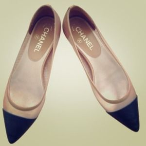 CHANEL Shoes - 🆕LISTING! CHANEL flat