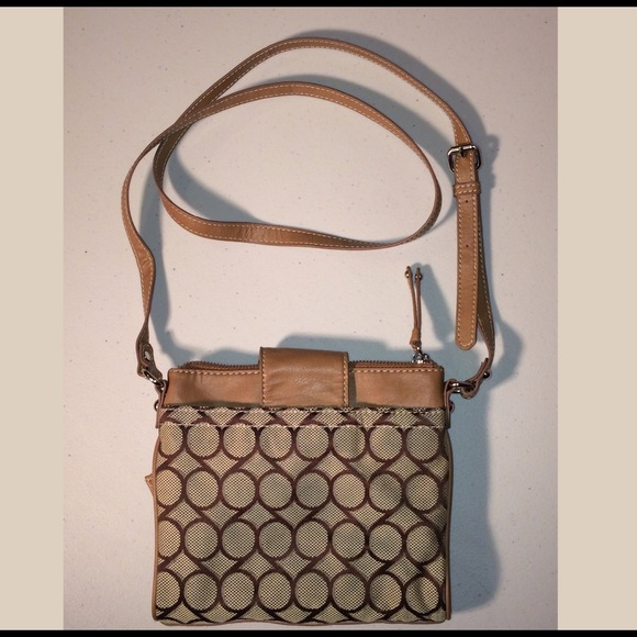 Nine West Bags - 💐💐💐Spring Sale 🎉Brown Crossbody NW Fabric