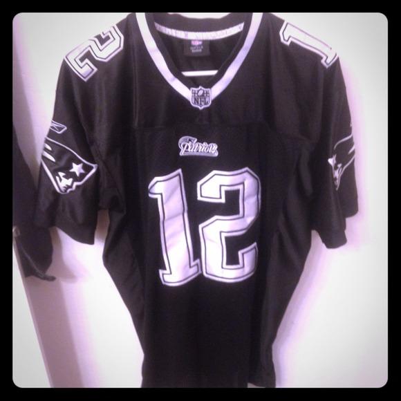 Patriots black & white jersey