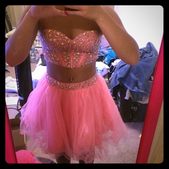 Nike Prom Dresses