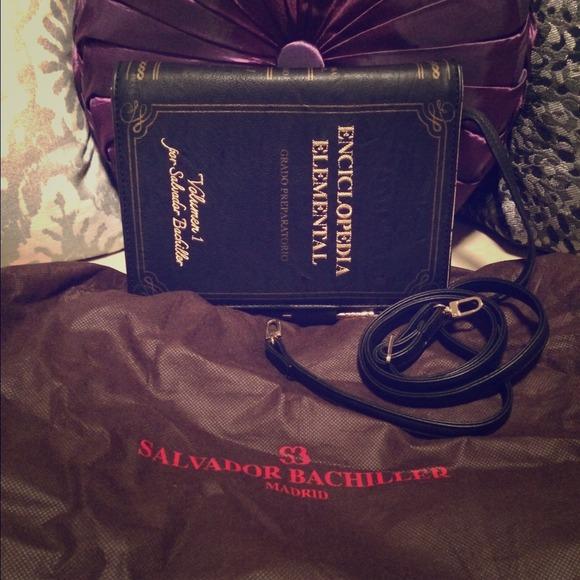 42fee9c23947 NWOT Salvador Bachiller Encyclopedia Bag