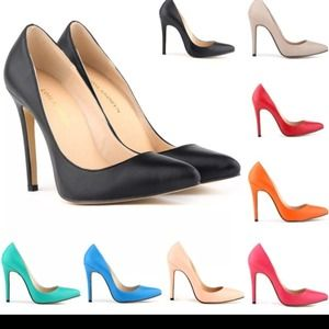 Shoes - pointed heels