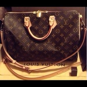Authentic Louis Vuitton Speedy B 35 in monogram