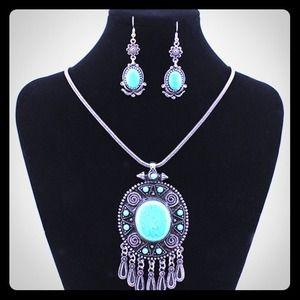 Turquoise Blue Tibet  necklaces set