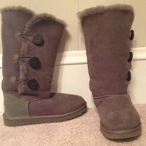 62 Off Kirkland Boots Like Uggs Got At Costco Size 7 W