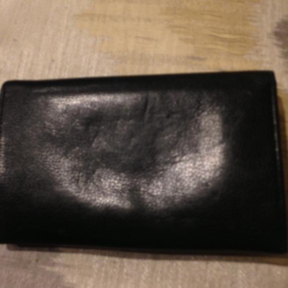 Yves Saint Laurent - 100% Authentic YSL Black Leather Wallet w ...