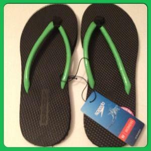 Speedo Shoes - Speedo Woman's flip flops size 8 NWT