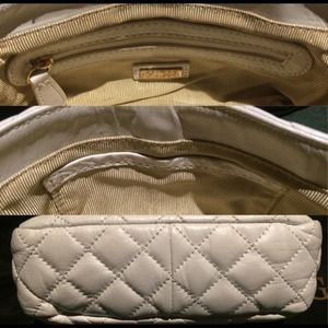 ff2aa025e2 Guess Bags - 💯Authentic GUESS White Quilted Leather Flap Bag