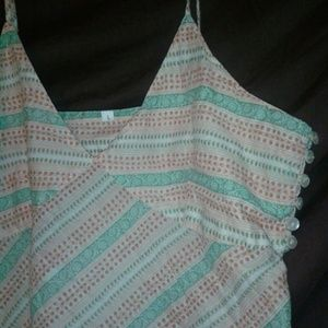 Tops - Cute tank top [*free w/$10 purchase*]