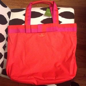 100%authentic NWT Kate spade tote.