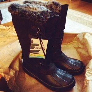 NWT Kamik Snow Boots