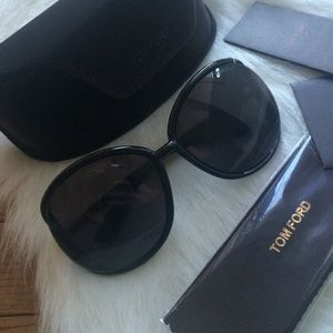Tom Ford Accessories - SALE!! Tom Ford Sunglasses