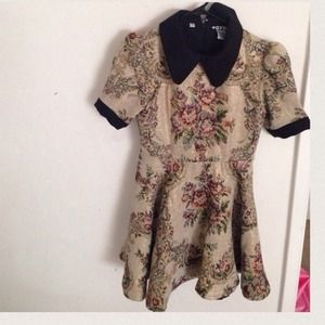 gfd Dresses & Skirts - Gfd tapestry baby doll collar dress size small new