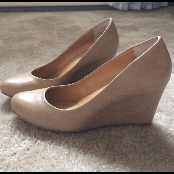 2f6467d23a4f Cathy Jean Shoes - Nude Tan Wedges