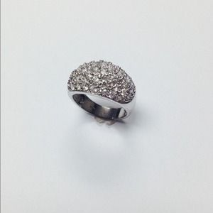 Jewelry - 925 Silver ring with Pave stones.