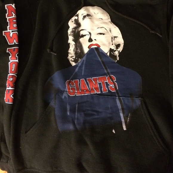 official photos d81a1 806ae Marilyn Monroe ny giants hoodie